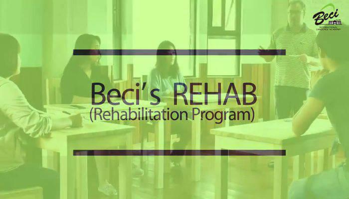 khóa REHAB của Beci giúp phát âm chuẩn như người bản xứ