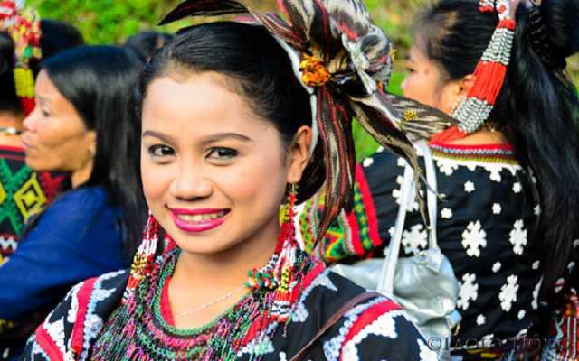 trang phục truyền thống Philippines người T boli