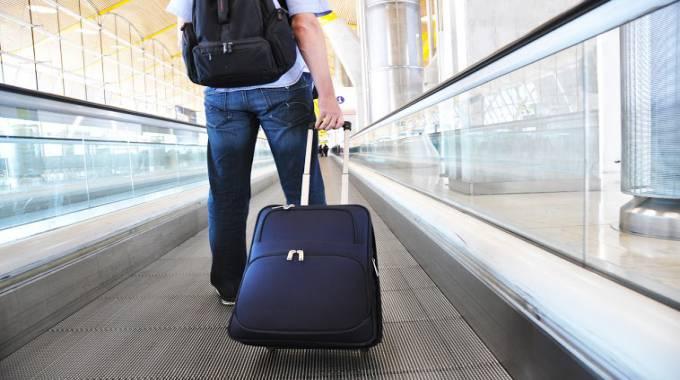 hướng dẫn cách xếp đồ vào vali đi du học