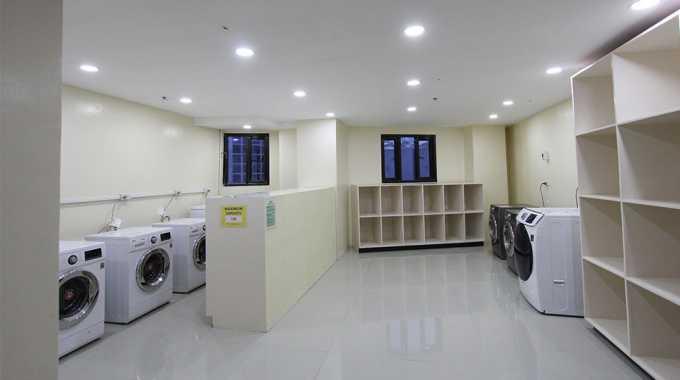 phòng giặt đồ tại Main Campus của Pines