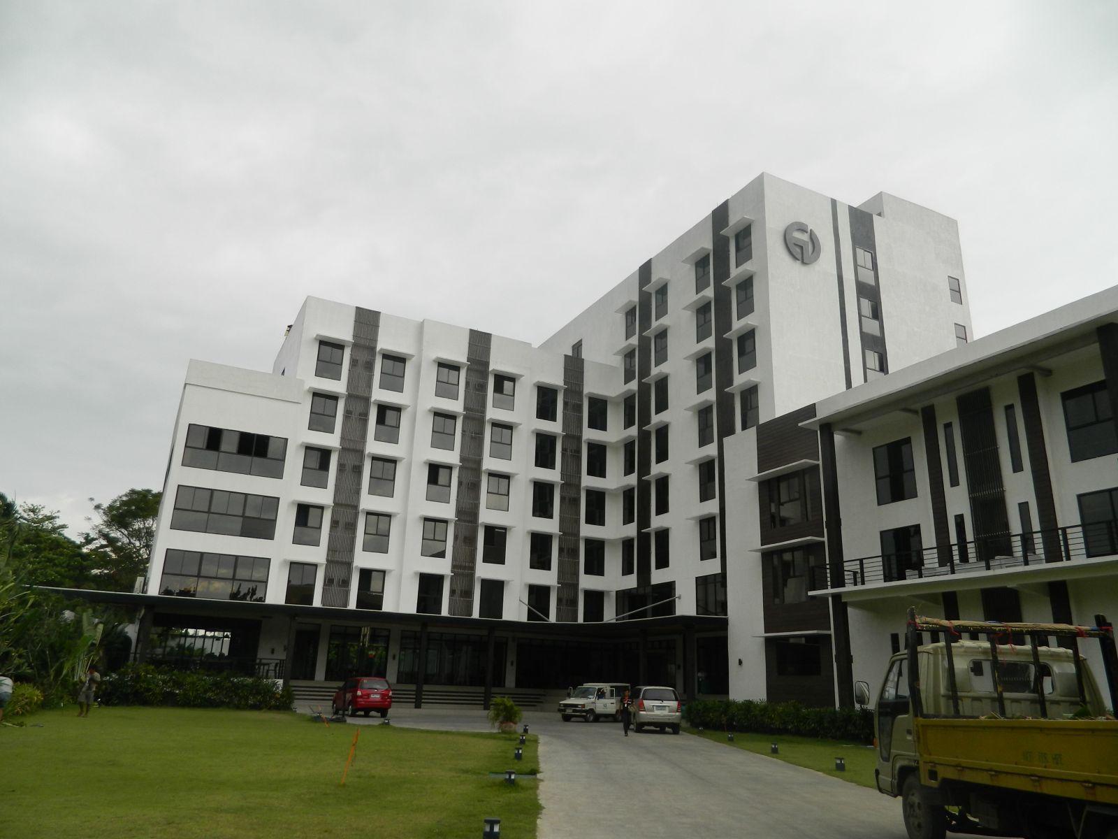 khuon-vien-truong-ev-academy-cebu