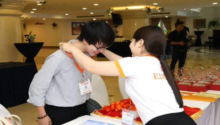 đại diện trường ZA English đến dự hội thảo du học Philippines