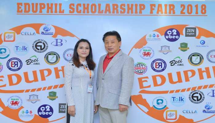 thầy hiệu trưởng trường CPILS tại hội thảo du học Philippines