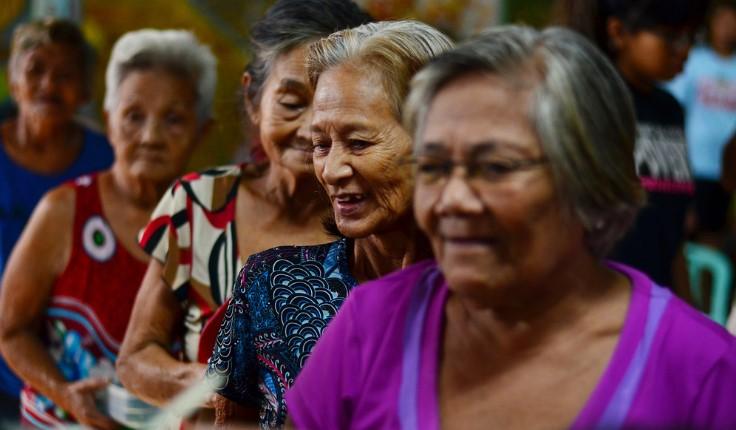 tuổi người già philippines