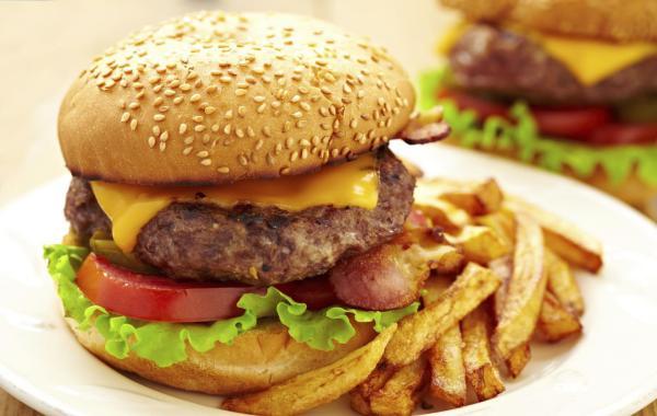 du-lich-kalibo-philippines-hamburger